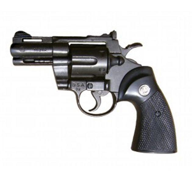 Réplica revolver Phyton 2